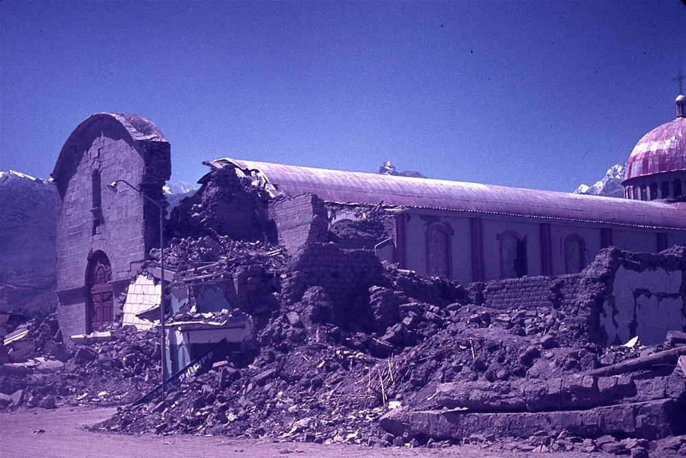 ancash depreminden görüntüler www.gelengeliyo.com